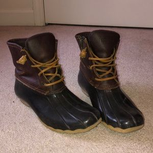 Sperry's Top-Sider waterproof brown boots size 9
